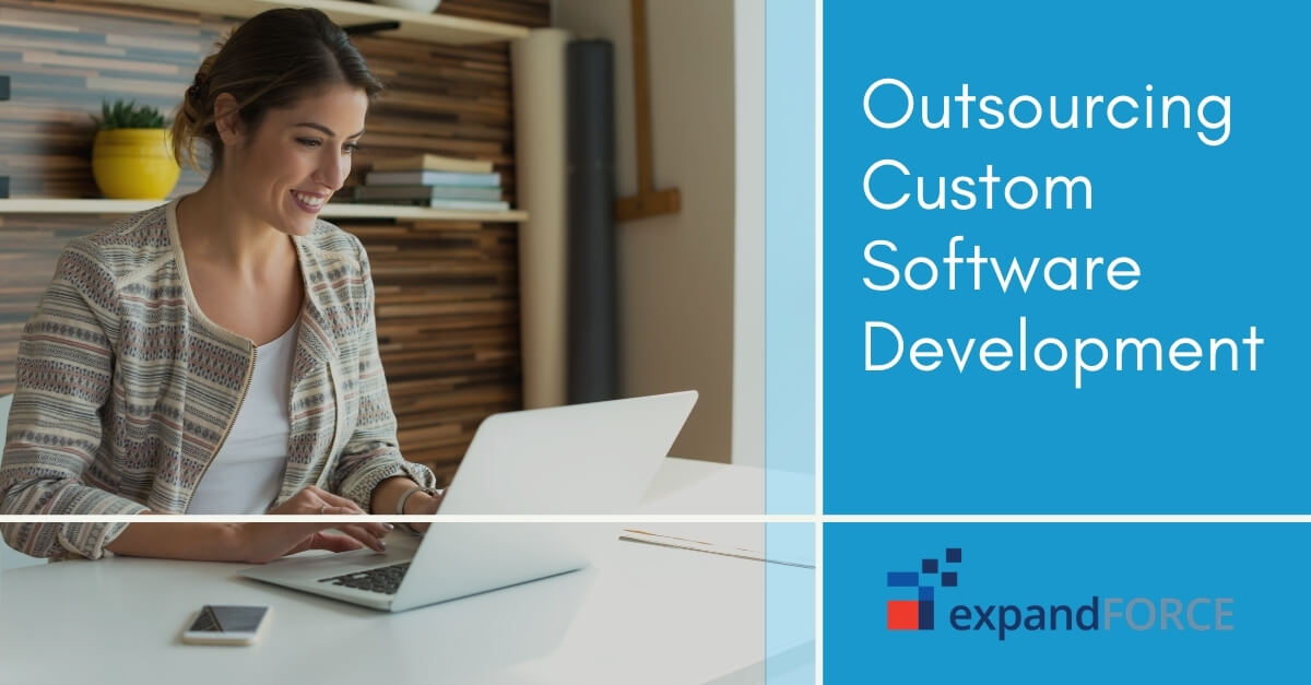 Outsourcing Custom Software Development : 10 Tips to Consider